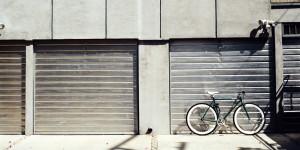 Ungenutzte Garageneinfahrt
